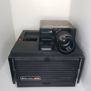 Bell & Howell 35mm slide projector CUBE